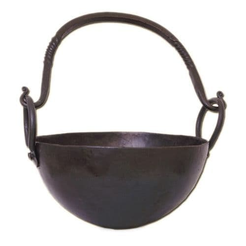 Round Cooking Pot  2.5 Litre made from Steel