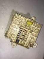 99-05 LEXUS IS200 FUSE RELAY BOX SPARE FUSES for 2.0 1gfe engine