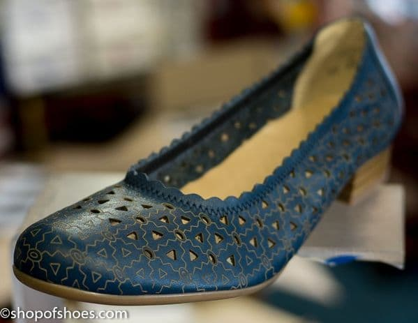 Alpina Dianella very soft punched leather summer court shoe