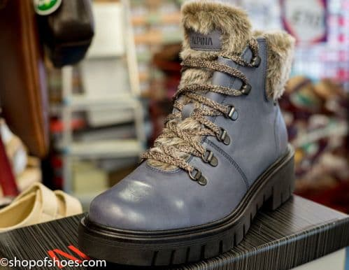 Amica, Alpinas stand out warm leather boot this winter.