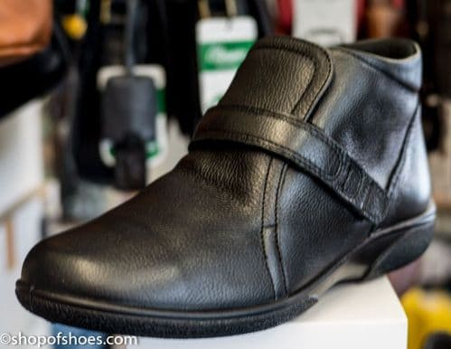 Barton smart ankle boot in soft leather