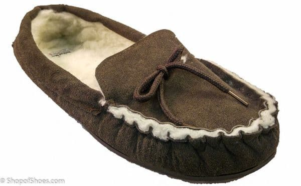 Brown Suede tradional mens moccasin slipper with warm fleece lining