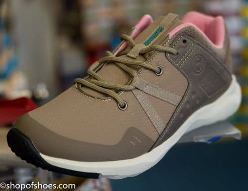 Cotswolds new light walking leisure trainer