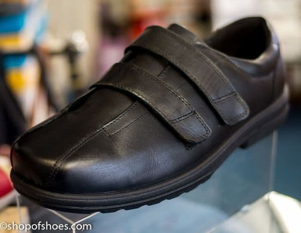 Darwin Extra wide black leather mens touch fastening velcro shoe