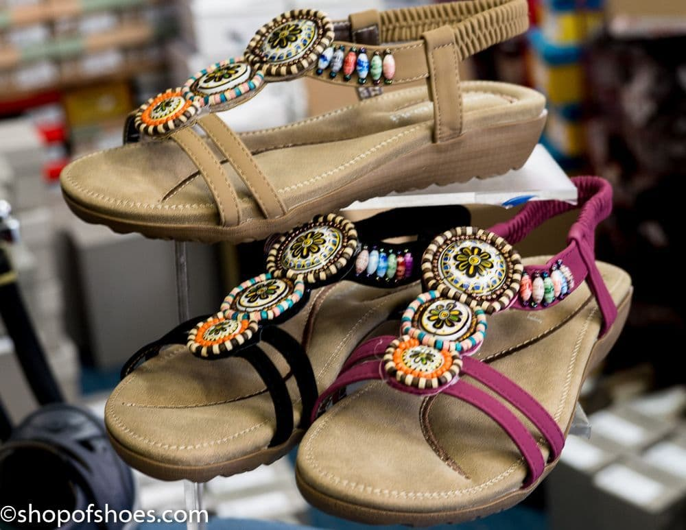 Fantasticlly comfortable beautifully beaded flat strappy womens sandal
