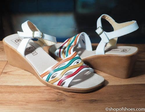 Fay  stylish white wedge  leather EE wider fit  sandal.