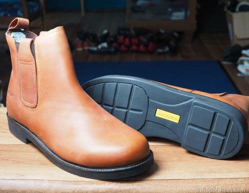 Leather Derby boot in tan