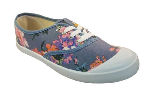 Lightweight great value Womens summer canvas laced shoe