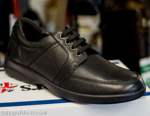 Saturn: Smart Padders black leather mens lace shoe