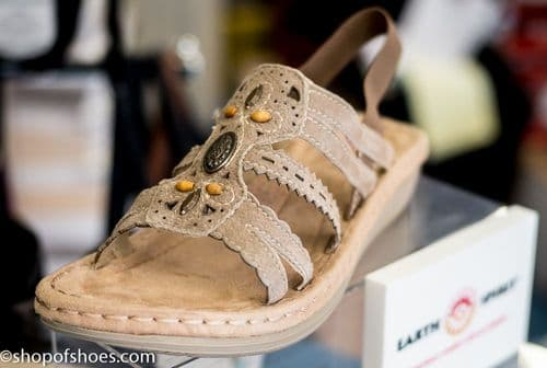 soft natual suede leather summer sandal