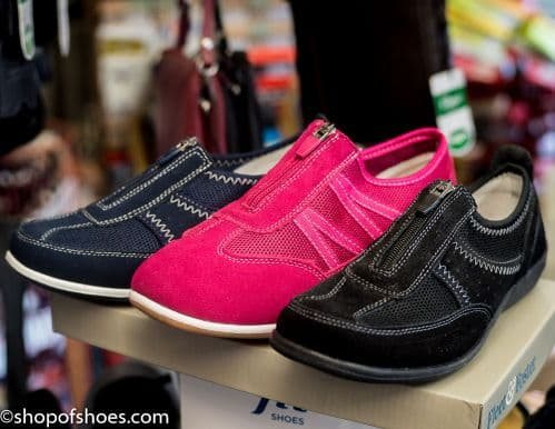Suede leather sporty zipped ladies leisure shoe
