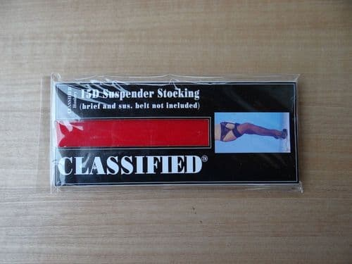 """""""CLASSIFIED"""" 15 DENIER SUSPENDER STOCKINGS SIZE:- ONE SIZE   COLOURS:- BLACK/RED D54"""
