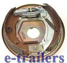 KNOTT LEFT SIDE 200x50 BACK PLATE ASSEMBLY WITH BRAKE SHOES IFOR WILLIAMS
