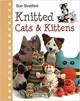 Knitted Cats and Kittens - Sue Stratford