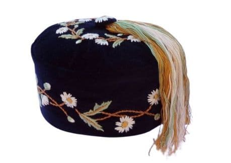 Embroidered smoking cap Daisies