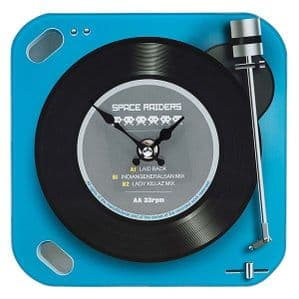 Fabulous Retro 'Space Invaders' Battery Operated Clock Great Gift For Him Or Her....