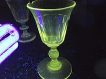 2 X OLD CRYSTAL LIQUEUR GLASSES GOOD UV GREEN GLOW CUT BODY