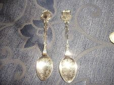 2 X VINTAGE COLLECTABLE TEASPOONS SILVER PLATED WAPW & EXQUISITE CHASED BOWLS