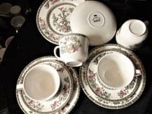 4 X JOHNSON BROTHERS IRONSTONE INDIAN TREE TRIOS TEA CUPS SAUCERS & SIDE PLATES