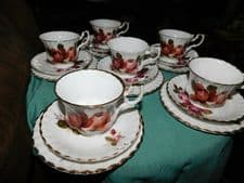 6 X ELEGANT GILDED BONE CHINA TRIOS RED ROSES CUPS SAUCERS SIDE PLATES ENGLAND
