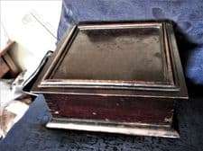 ANTIQUE EMPTY WOODEN CIGAR TRINKET BOX HINGED LID DEEP RICH COLOUR