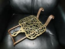 ANTIQUE FIRE HEARTH SLIDING PIERCED BRASS TRIVET ON CAST IRON FRAME