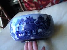 "ANTIQUE GOOD SIZED FLOW ? BLUE BOWL DOULTON BURSLEM WILLOW PATTERN 8"" DIA"