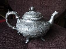 ANTIQUE SILVER PLATED TEAPOT CROWN VR SUPER ORNATE DESIGN STRAWBERRY KNOB 4 FEET