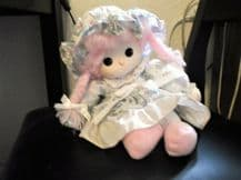COLLECTABLE DOLL SALCO LITTLE MEADOW MUSICAL WITH MOVING HEAD MOP HAT PINK HAIR