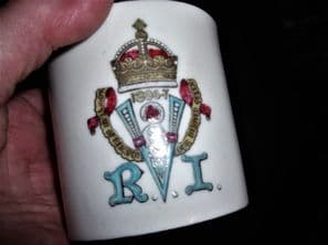 COLLECTABLE GILDED ANTIQUE MUG GOSS CHINA VICTORIA JUBILEE 1897 HANDPAINTED