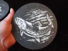 """COLLECTABLE HANDPAINTED SMALL SLATE WALL TILE GAME FISH SIGNED GP  6"""" DIA"""