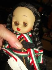 """COLLECTABLE INDICO VINYL JOINTED COSTUME DOLL MEXICO OPEN CLOSE EYES 7"""" WITH TAG"""