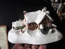 """COLLECTABLE MILESTONE COTTAGE WITH ORIGINAL DEED SNOWY WINTER MILTON 6"""" LONG"""