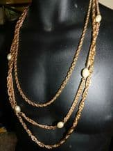 ELEGANT NECKLACE 3 CHUNKY GRADUATED GOLD TONE CHAINS & FAUX TORPEDO PEARLS 28""