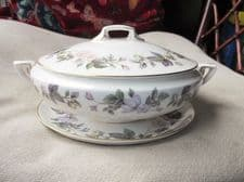 ELEGANT ROYAL WORCESTER JUNE GARLAND GILDED TUREEN & LID WITH UNDERPLATE EX