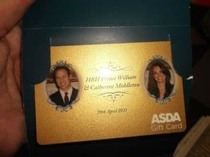 RARE COLLECTABLE WILLIAM & CATHERINE 2011 ASDA GIFT CARD IN ORIGINAL WALLET
