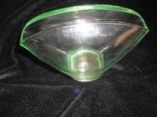 "UNUSUAL VINTAGE GREEN GLASS POSY TROUGH VASE PINCHED RIM 4"" HIGH 6"" WIDE"