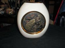 """VERY HIGHLY 24K GILDED CHOKIN WHITE CHINA OVAL VASE PEACOCK & PEAHEN 5.25"""""""