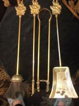 VINTAGE BRASS FIRESIDE COMPANION SET GALLEON HANDLE 4 PIECE TONG HANDLE MISSING