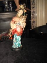 """VINTAGE COLLECTABLE COSTUME DOLL ORIENTAL LADY MACHE ? ON WOODEN BASE 9.5"""""""