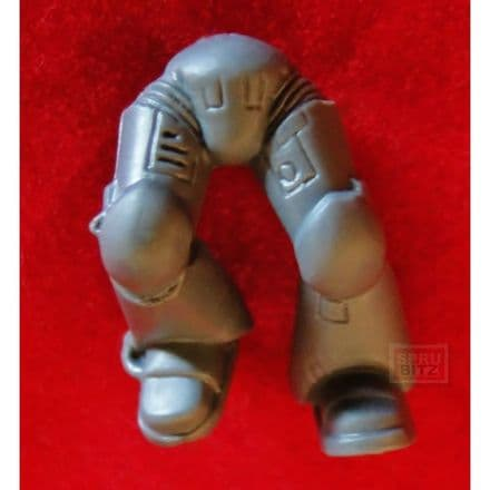 Space Marine Assault Squad Mark VII Legs (L)