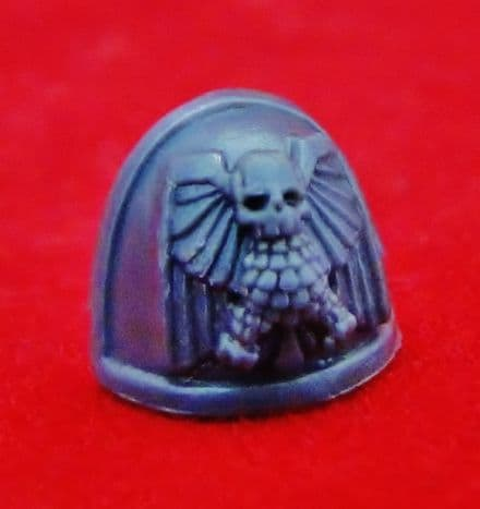 Space Marine Commander Aquila Shoulder Pad
