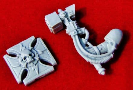 Space Marine Thunder Hammer & Storm Shield set (finecast resin) x1