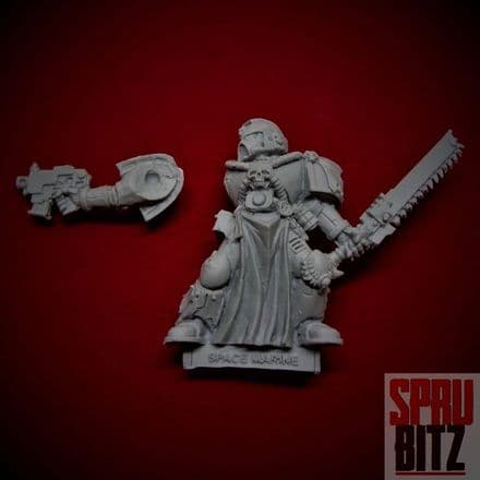 Space Marine Veteran with Chainsword (finecast)
