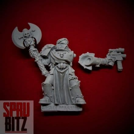 Space Marine Veteran with Power Axe (finecast)