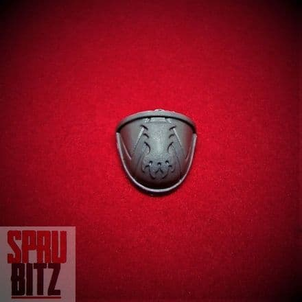 Space Wolves Wolf Pack Shoulder Pad (claw)