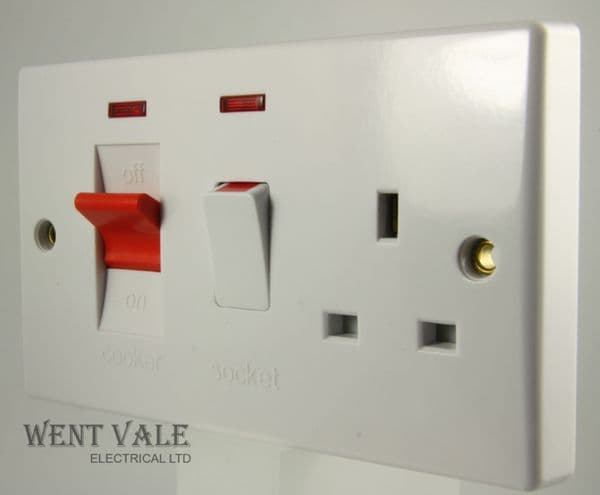 GET Ultimate Moulded - WK518044 - 45a Double Pole Cooker Control & 13A Socket With Neons New in Box