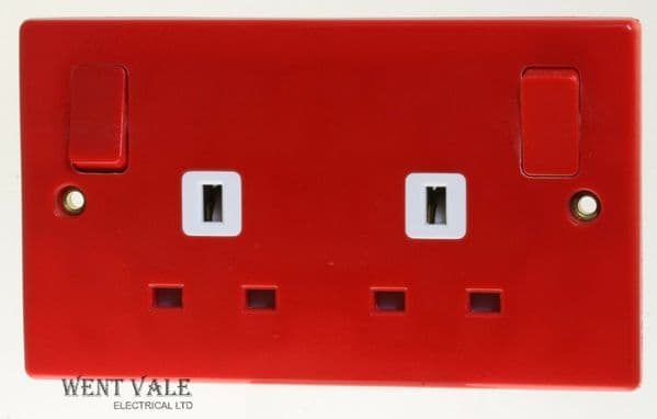 Schneider Slimline GU3030RD - 13a Red 2 Gang Part M Socket With Outboard Rockers